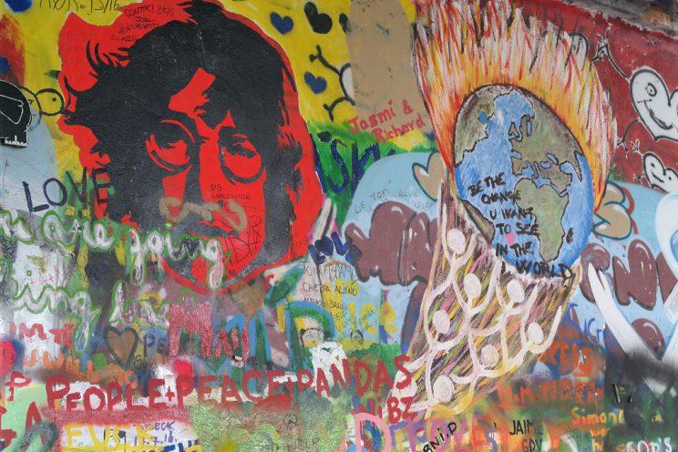 john-lennon-wall-prague-praha-prag-streetart