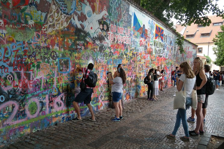 john-lennon-wall-prague-praha-prag-streetart-art