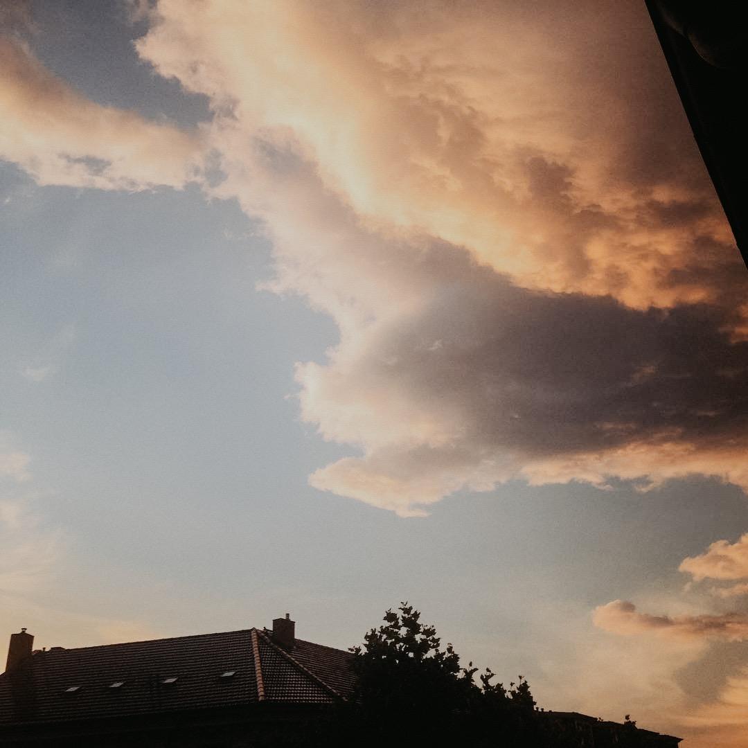gedanken-regen-wolken-himmel-leipzig