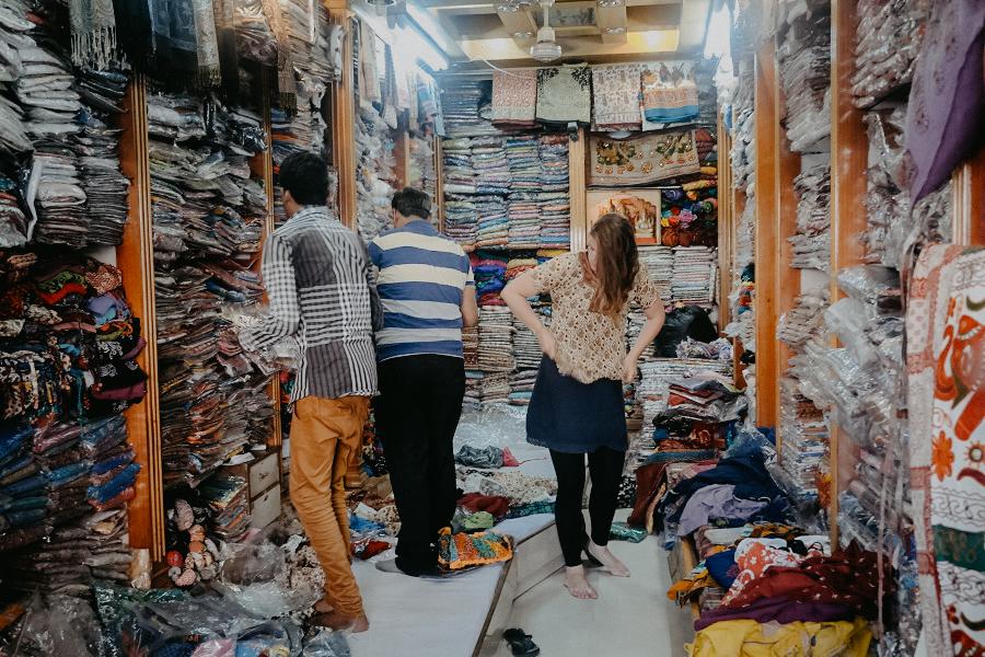 indien-reisetagebuch-blog-leipzig-gedanken-einkaufen-2.jpg