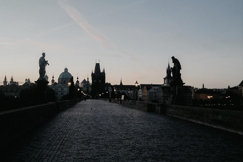 Prag ǀ Allein auf der Karlsbrücke – geht nicht, oder doch?